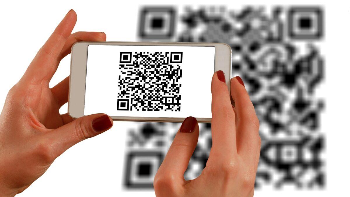 ¿Qué es y cómo leer el código QR en un teléfono celular?